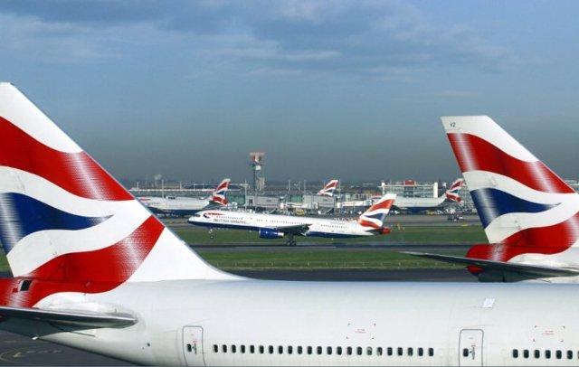 Archivo - Aviones de British Airways.
