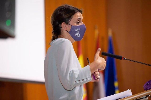 La ministra de Igualdad, Irene Montero, interviene en la inauguración del I Congreso Internacional de Educación y Género, a 7 de julio de 2021, en Soria, Castilla y León, (España).