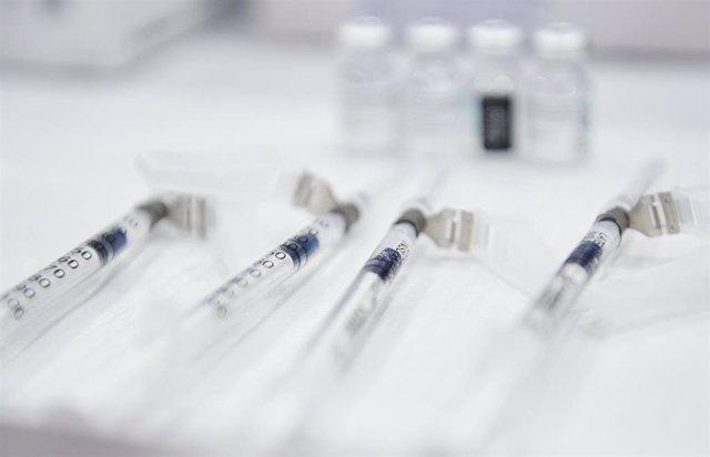 Archivo - Vacunas contra el Covid
