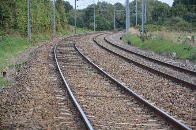 Archivo - El Gobierno de Aragón financiará hasta el 18 de julio los servicios ferroviarios que conectan con otras regiones