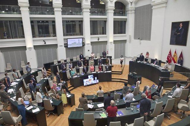 Vista general de una sesión plenaria en el Ayuntamiento de Madrid, a 21 de julio de 2021, en Madrid (España). El Pleno de Cibeles, el último antes del parón estival, debate hoy la reversión de Madrid Central como condición de Vox para apoyar la modificaci
