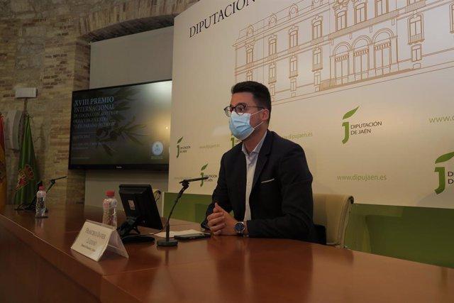 Lozano durante la presentación del XVIII Premio Internacional de Cocina Jaén , paraíso interior'