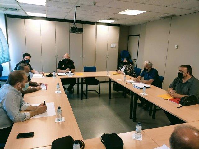 El concejal de Protección Ciudadana, Aarón Cano, se reúne con hosteleros de Honduras y Cedro