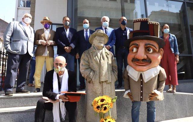 Lalín homenajea a Laxeiro en el 25 aniversario de su muerte con la participación de la Xunta y el Parlamento gallego
