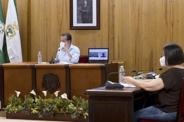 Archivo - Pleno del Ayuntamiento de Mairena del Aljarafe