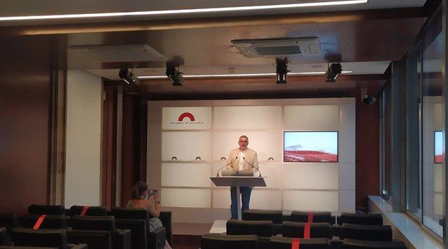 Arxiu - El líder de Cs a Catalunya, Carlos Carrizosa, en una conferència de premsa al Parlament