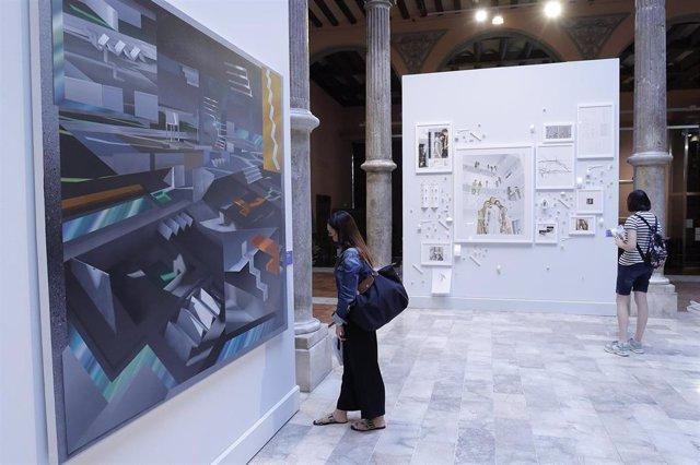 Una de las exposiciones en el Palacio de Sástago
