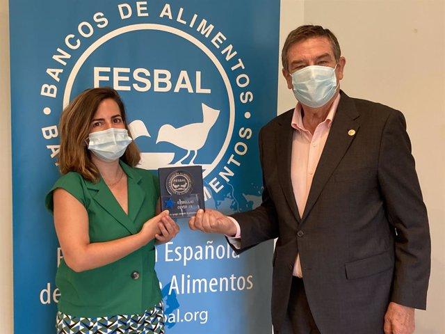 La Fundación Cepsa recibe el reconocimiento 'Estrellas Covid-19' de Fesbal por su apoyo a los Bancos de Alimentos.