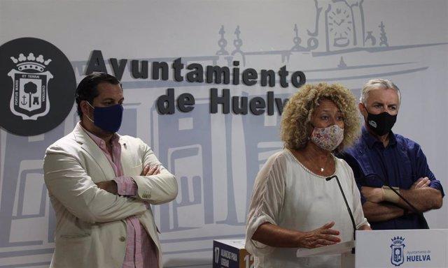 La presidenta de los populares en el Ayuntamiento de Huelva, Pilar Marín.
