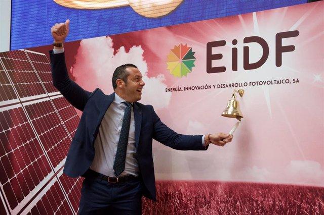 Fernando Romero, director general de EiDF, durante el toque de campana en la Bolsa de Madrid.