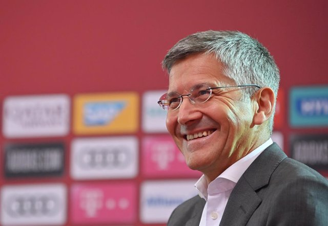 FILED - 05 July 2021, Munich: Bayern Munich President Herbert Hainer, speaks during a press conference of Bayern Munich at the Allianz Arena. Bundesliga champions Bayern Munich don't plan signing additional defenders after Alphonso Davies and Lucas Hernan