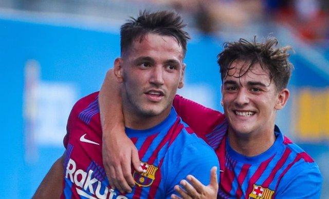 El Barça arranca la pretemporada con un triplete de Rey Manaj