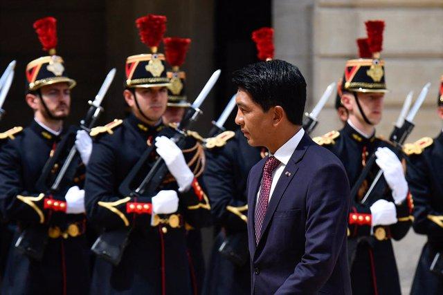Archivo - El presidente de Madagascar, Andry Rajoelina, durante una visita oficial a Francia