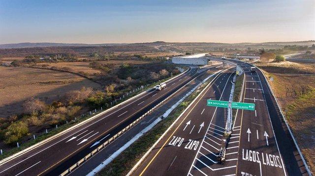 Archivo - Una de las autopistas de la mexicana RCO