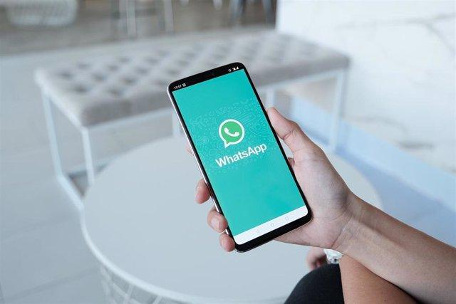 Archivo - El Ayuntamiento ha creado una lista de difusión de WhatsApp
