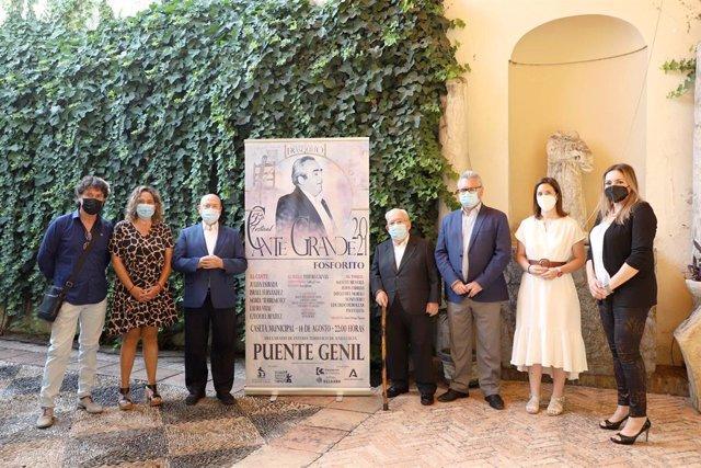 Autoridades en la presenación del Festival de Cante Grande 'Fosforito' de Puente Genil.
