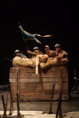 Archivo - Imagen de la obra 'La batalla de los ausentes'.