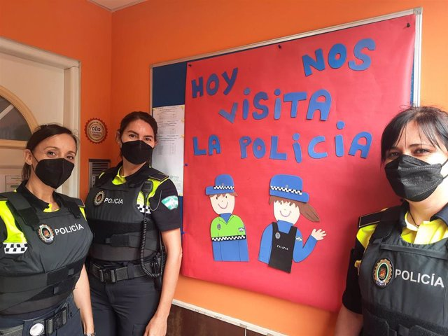El Subgrupo de Educación Vial de la Policía Local de Málaga realiza actividades durante el curso escolar en materia de seguridad vial
