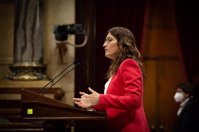 La consellera de la Presidencia, Laura Vilagrà. interviene durante un Pleno en el Parlament de Catalunya, a 22 de julio de 2021, en Barcelona, Catalunya (España).