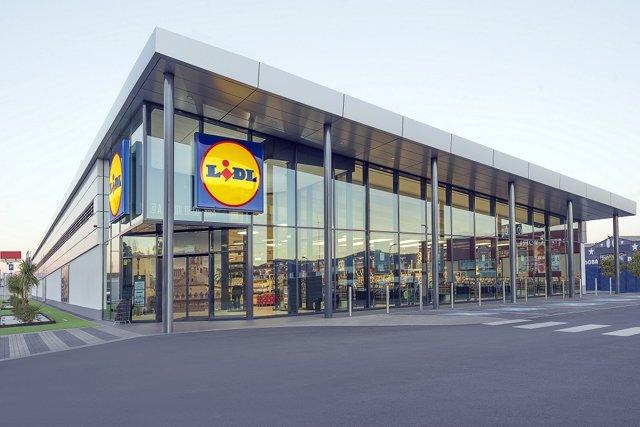 Archivo - Arxiu - Imatge de recurs d'un supermercat Lidl