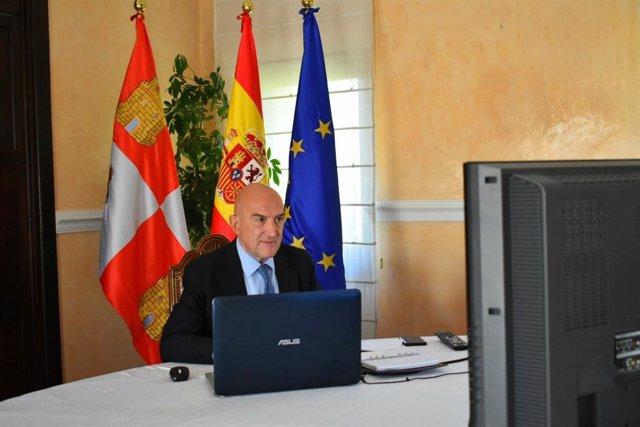 Carnero participa de forma telemática en las sectoriales de Agricultura y Pesca.
