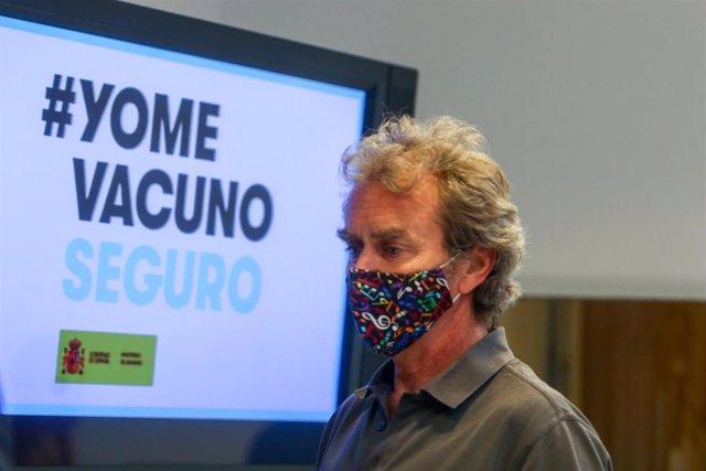 El director del Centro de Coordinación de Alertas y Emergencias Sanitarias, Fernando Simón, durante una rueda de prensa para informar sobre la pandemia de Covid-19, a 12 de julio de 2021, en el Ministerio de Sanidad, Madrid, (España).