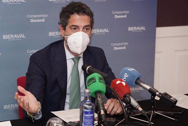 El presidente de Iberaval, César Pontvianne, durante la rueda de prensa.