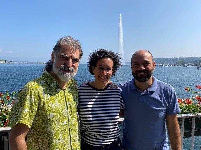 El president d'Òmnium Cultural, Jordi Cuixart, i el vicepresident de l'entitat, Marcel Mauri, es reuneixen amb la secretària general d'ERC, Marta Rovira, a Ginebra (Suïssa)
