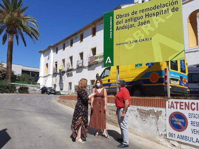 Visita a las obras de remodelación del antiguo Hospital de Andújar