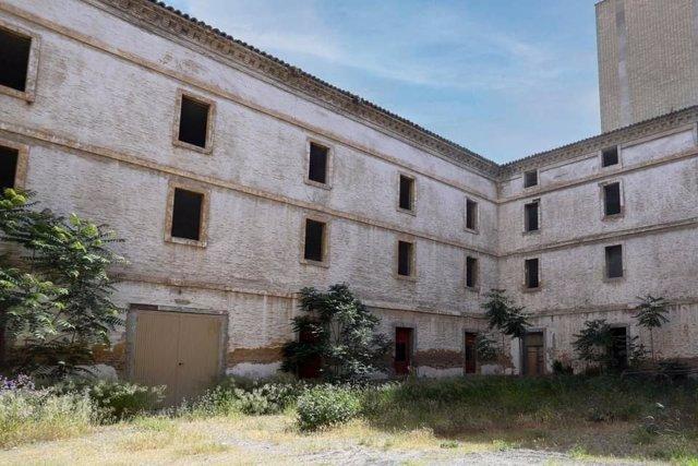 Edificio Pontoneros --antiguo Cuartel de Sangenis--