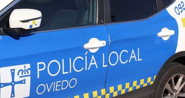 Archivo - Coche de la Policía Local de Oviedo
