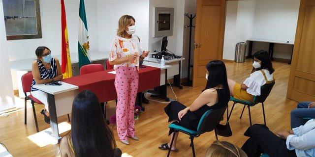 La delegada de Educación y Deportes de la Junta de Andalucía en Córdoba, Inmaculada Troncoso, en el acto de reconocimiento por los Premios Extraordinarios de Bachillerato.