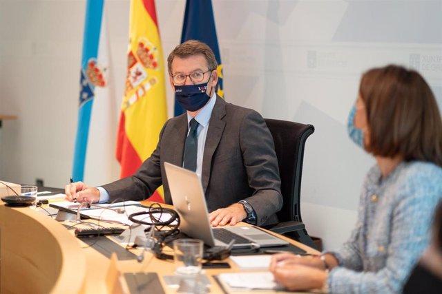 El titular de la Xunta, Alberto Núñez Feijóo, preside el Consello.