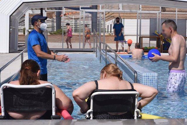 Los Centros Sociales de la Diputación de Granada cuentan ya con una piscina terapéutica