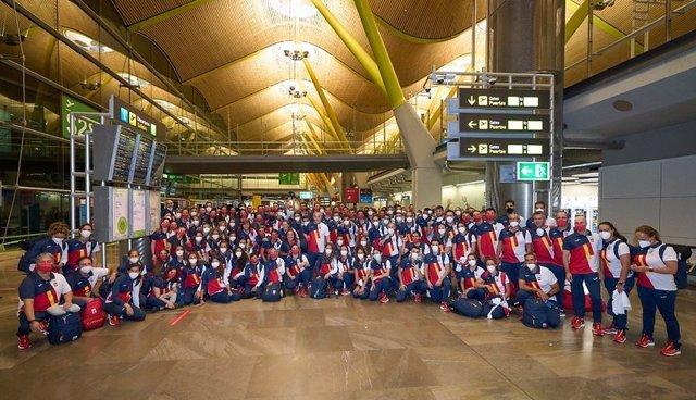 La expedición olímpica española antes de partir hacia Tokio para disputar los Juegos Olímpicos