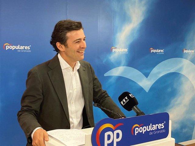 El secretario general del PP de Granada, Jorge Saavedra.