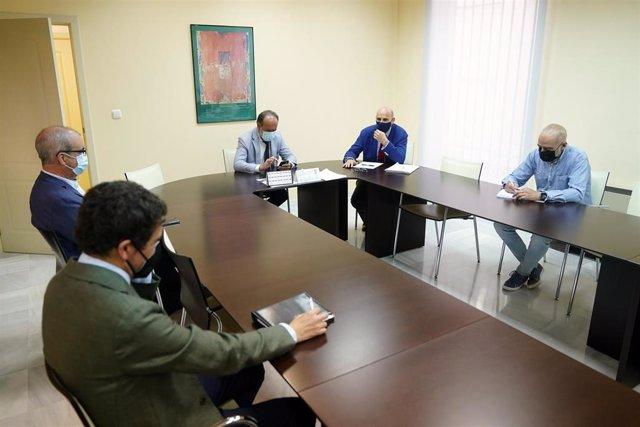 Reunión de operadores jurídicos en Granada