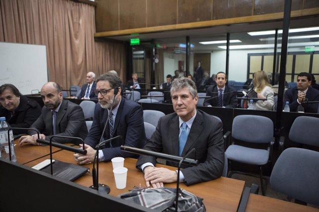 Archivo - El exvicepresidente de Argentina Amado Boudou asiste a una audiencia de sentencia en Buenos Aires, capital de Argentina, el 7 de agosto de 2018.