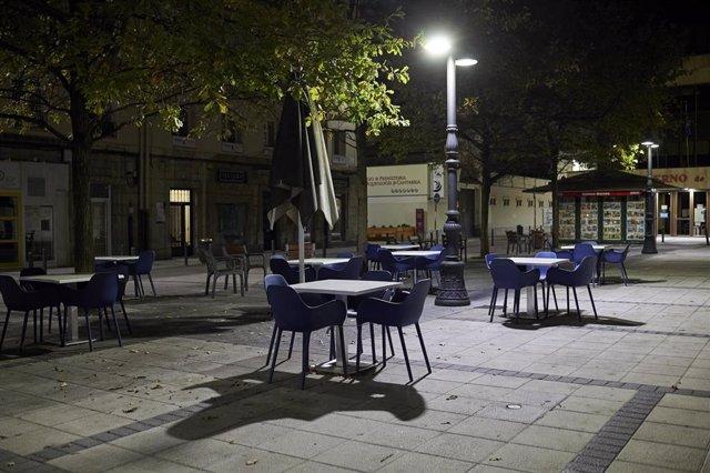 Archivo - Toque de queda en Santander