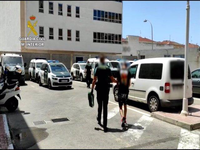 Detenido en Torrevieja dos veces en una semana por diez robos en locales, bares y restaurantes