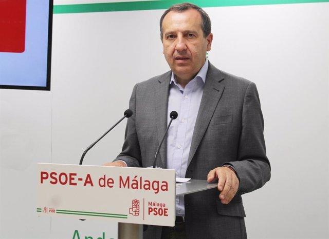 El secretario general del PSOE de Málaga, José Luis Ruiz Espejo