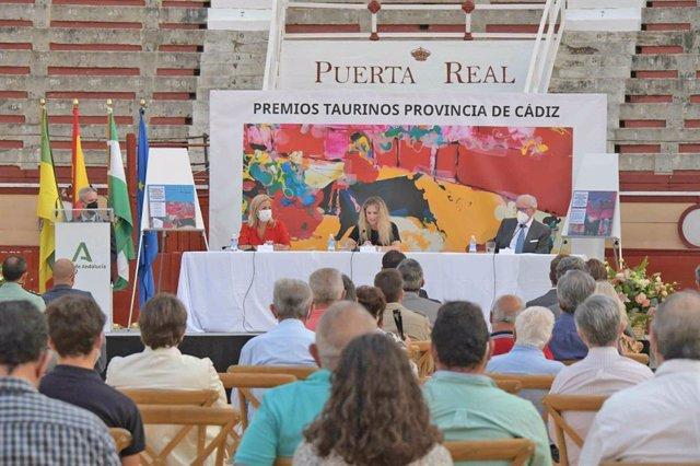 La delegada de la Junta de Andalucía en Cádiz, Ana Mestre, durante la presentación de los premios taurinos en la provincia de Cádiz.