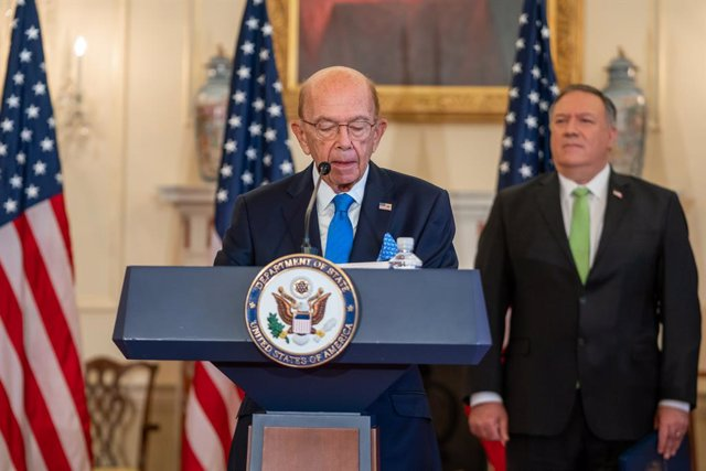 Archivo - HANDOUT - 21 September 2020, US, Washington: USSecretary of Commerce Wilbur Ross delivers remarks to the media regarding a raft of new sanctions on Iran, including on its Defence Ministry, at the US Department of State. Photo: Ron Przysucha/US