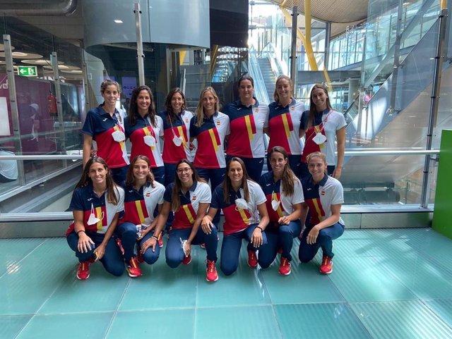 El equipo español femenino de waterpolo