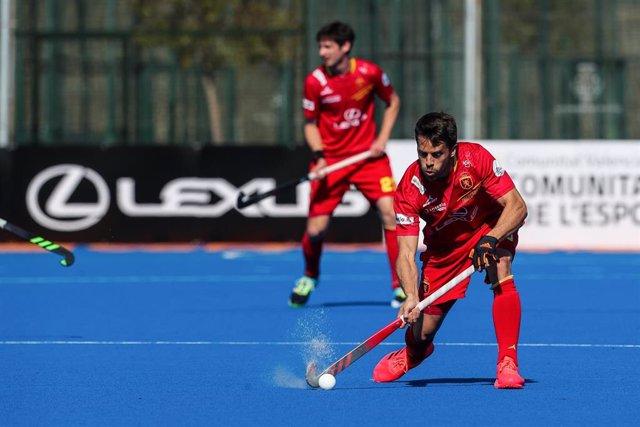 Archivo - Marc Sallés con la selección española de hockey hierba
