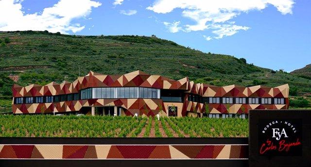 Archivo - Nueva instalación de Bodega y Hotel FyA