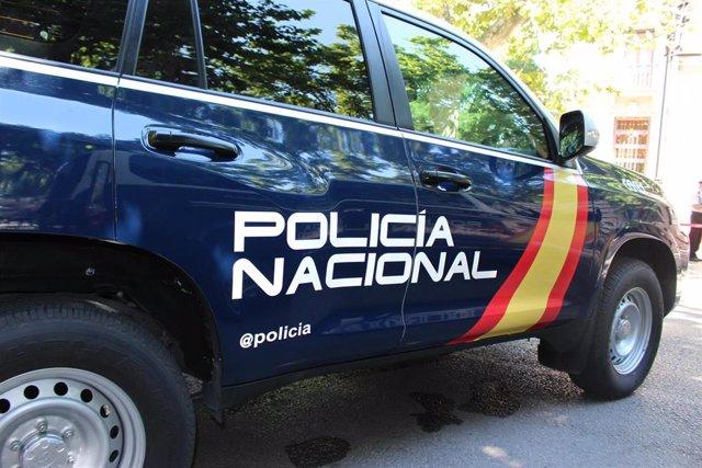 IMAGEN DE ARCHIVO UN COCHE DE LA POLICÍA NACIONAL