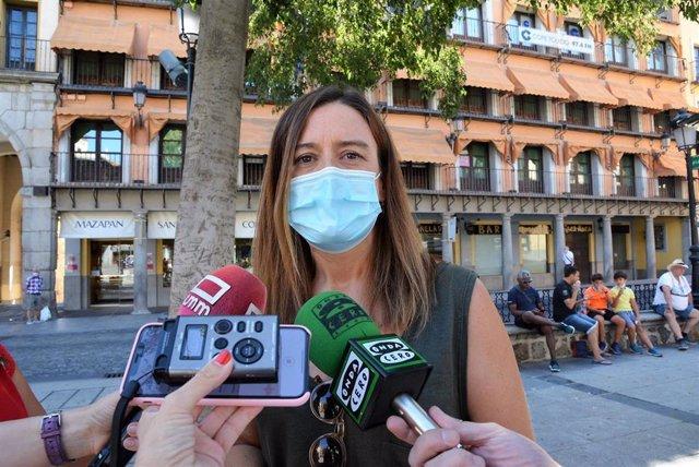 La vicesecretaria del PSOE de Toledo y diputada nacional, Esther Padilla, en declaraciones a los medios en Toledo