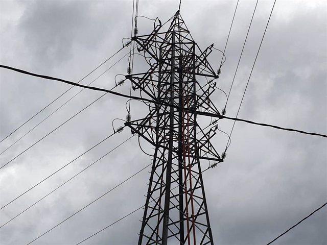 Archivo - Planta de electricidad. Luz.