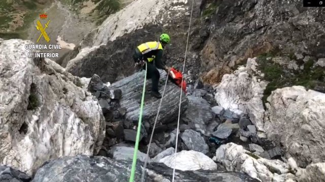Mor un escalador de Barcelona en precipitar-se en el bec Troumouse, en Bielsa (Osca).